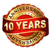 10 years anniversary golden label with ribbon — Vector de stock