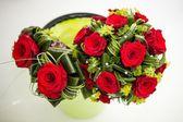 Wedding bouquet of roses — Photo