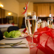 Wedding table setting at a banquet — Stock Photo