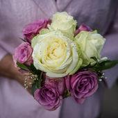 Wedding flower with bride — Stockfoto