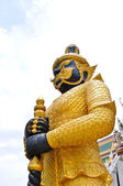 Giant golden statue — Stock Photo
