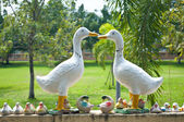 Duck statue on the wall at Wat Phra Prathon Chedi — Stock Photo