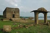 Ruines du temple antique sous-marine sangkhlaburi province weste — Photo