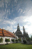 Old sacred stupa of Bangkok Dawn Temple — Foto de Stock