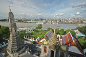 View from above the roof of Bangkok Temple of Dawn — Stock Photo
