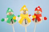 Snowman cake pops — Stock Photo