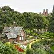 Idyllic house at Princes Street Gardens, Edinburgh. Scotland. — Stock Photo