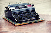 Old typewriter on the table, vintage style  — Zdjęcie stockowe
