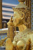 Gold statue in grand palace — Foto Stock