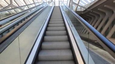 Camera moving up on escalator — Video Stock