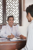 Doctor Meeting with a Patient — Stock Photo