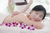 Frauen, die massage — Stockfoto