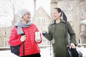Man and woman in winter clothes — Stock Photo