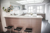 Large, open, modern kitchen — Stockfoto