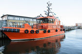 Pilot boat in harbor — Stock Photo