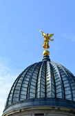 Golden angel on the cupola of the rebuilt Albertinum in Dresden — Stock Photo