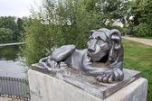 Escultura de un león — Foto de Stock