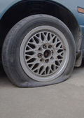 Brake disk and Used Car Break detail with tire removed — Stock Photo