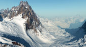 Mountains in the snow ( 3D rendering ) — Stockfoto