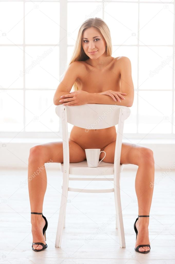 sognare donna nuda chat single