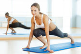 Woman in aerobics class — Stock Photo