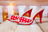 Red and White Wedding Shoes — Stock Photo