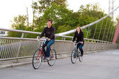 Couple with Bicycles — Stockfoto