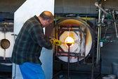 Man Firing Molten Glass — Stock Photo