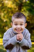Młody chłopak na zewnątrz portret — Zdjęcie stockowe