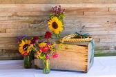 Bröllop dekorationer ekologiska blommor — Stockfoto