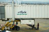 Líneas aéreas de Alaska de embarque — Foto de Stock