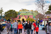 Crowded Toontown Disneyland — 图库照片