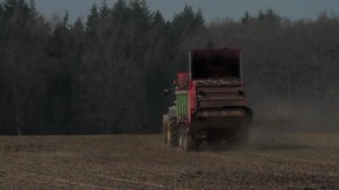 Manure Spreader — Stock Video