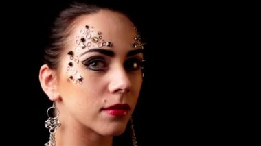 Portrait of a beautiful girl make-up, body art — Stock Video