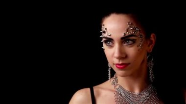 Portrait of a beautiful girl make-up, body art — Vidéo