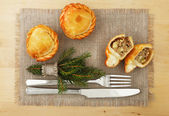 Christmas And New Year Holiday Table Setting — Stock Photo
