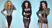 Tre sexiga flickor poserar i studio — Stockfoto