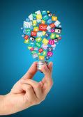 Tutarak cloud renkli uygulama simgesi, iş yazılım ve sosyal medya ağ hizmet anlayışı ile yaratıcı bir fikir ver — Stok fotoğraf