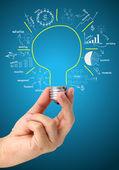 创意灯泡想法与绘图业务成功战略 — 图库照片