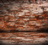 旧房间与砖墙 — 图库照片