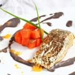 Salmon fillet in cream sauce caviar — Stock Photo