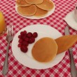 Breakfast of pancakes with strawberries and cream — Stock Video