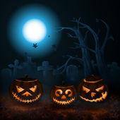 Scary Halloween pumpkin on the mist-shrouded cemetery. — Stock Vector