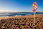 Beach Lifeguard Warning Signs Waves — Stock Photo