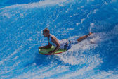 Wave Pool Surfing Action — Stockfoto