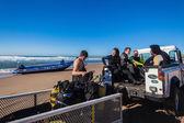 Scuba Boat 4x4 Vehicle Divers Beach — Stock Photo