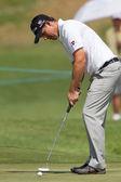 Golf Professional Padraig Harrington Putting — Stock Photo