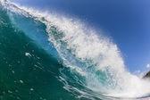 Wave Breaking Crashing Blue Water — Stock Photo