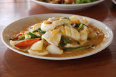 Stir fried squid with salted eggs 2 — Stock Photo