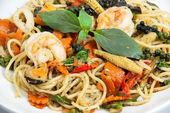 Spaghetti sauce drunken shrimp 3 — Stock Photo
